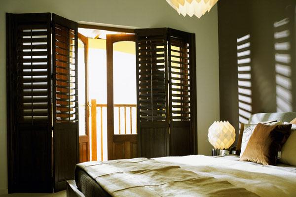 indoor wooden shutters